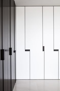 Hardware for Closet Doors . Hardware for Closet Doors . Light Colours and No Hardware Recessed Handles Bedroom Closet Doors, Bedroom Cupboards, Sliding Closet Doors, Bedroom Cupboard Designs, Bedroom Storage, Wardrobe Door Designs, Wardrobe Design Bedroom, Wardrobe Doors, Closet Designs
