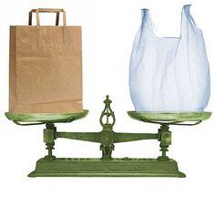¿Qué es más ecológico: papel o plástico?
