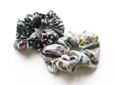 Make your own totally rad scrunchie with this easy DIY.