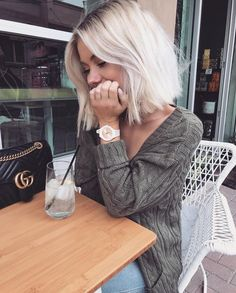 Blonde hair has always been a wonderful style for ladies. We can even say that some of the ladies are obsessed with this hair color. Blonde hair color that. Cool Hair Color, Hair Day, 50 Hair, Full Hair, Pretty Hairstyles, Blonde Bob Hairstyles, Wedding Hairstyles, Short Blonde Haircuts, Thin Hairstyles