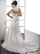 Summer Casual wedding Dresses embroidery decorating the bodice and a draped A-line skirt tbgn5w1
