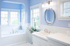 Farben Fürs Badezimmer farbe fürs badezimmer blau weiß mosaik bodenfliesen wandspiegel
