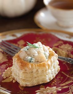 Blue cheese and pears make a flavorful combination in these Savory Pear-Onion Compotes in Puff Pastry Baskets. Pastry Basket, Luncheon Recipes, Afternoon Tea Recipes, Onion Recipes, Pear Recipes, Puff Pastry Recipes, Cream Tea, Food Articles, Tea Sandwiches