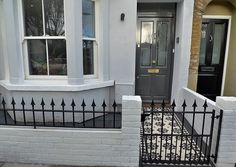 House design Classic Front Garden Victorian Mosaic London Balham Wandsworth Clapham Battersea How To Victorian Front Garden, Victorian Front Doors, Victorian Terrace House, Victorian Homes, Terrace House Exterior, House Paint Exterior, Small Patio Design, Garden Design, White Wall Paint
