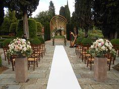 Tuscany wedding ceremony flowers