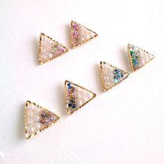 【再販売】小さな三角▲アシンメトリーピアス