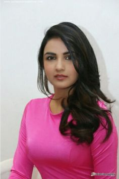 Jasmin basin Art Of Beauty, Cute Beauty, Beauty Women, Beautiful Indian Actress, Beautiful Actresses, Pretty Zinta, Tashan E Ishq, Indian Bollywood Actress, Brunette Beauty