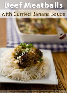 Beef Meatballs with Curried Banana Sauce - Not your average curry – beef meatballs with a South African twist. South African Dishes, South African Recipes, Ethnic Recipes, Curry Recipes, Beef Recipes, Banana Curry, Caribbean Recipes, Caribbean Food, Cooked Apples