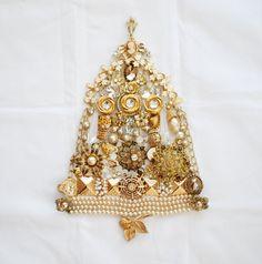Cameo Christmas Tree, Destash broken vintage jewelry to craft or repurpose.