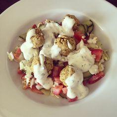 Falafel with Salad Falafel, I Love Food, Salad, Falafels, Salads, Lettuce