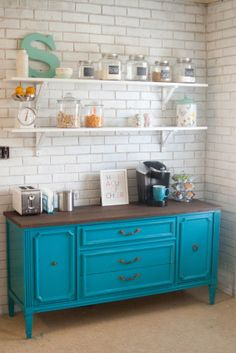 Here are 30 brilliant coffee station ideas for creating a little coffee corner that will help you decorate your home. See more ideas about Coffee corner kitchen, Home coffee bars and Kitchen bar decor, Rustic Coffee Bar. New Kitchen, Kitchen Dining, Kitchen Decor, Kitchen Cabinets, Kitchen Shelves, Eclectic Kitchen, Kitchen Corner, Grace Kitchen, Kitchen Ideas