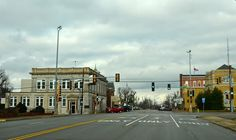 Metropolis, IL...such a beautiful small old town ♥ it was the perfect place to marry the woman of my dreams ♥