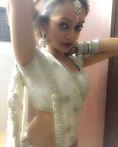 #APITConnect - Jab tum mujhe apna kehte ho Apne pe guroor aa jaata hain...!!! #movie #chandani by Manasi Naik http://bit.ly/1PoTUAk