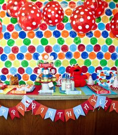 Elmo Party - good backdrop idea, can be done for any type of party