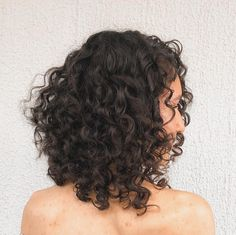 Long Curly Bob, 3a Curly Hair, Shoulder Length Curly Hair, Crimped Hair, Aesthetic Hair, Hair Affair, Medium Hair Cuts, Bad Hair, Curled Hairstyles