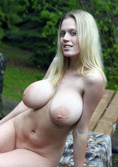 Husky girl with big tits