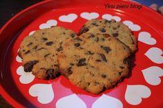 Yksi pieni blogi: Suklaakeksit (maidoton, soijaton, munaton, vehnätön, gluteeniton, viljaton) Muffin, Gluten, Cookies, Baking, Breakfast, Desserts, Food, Biscuits, Bread Making