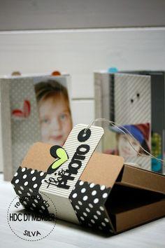 foto album hand made Mini Album Scrap, Mini Scrapbook Albums, Scrapbook Paper Crafts, Mini Albums Photo, Mini Album Tutorial, Smash Book, Paper Cards, Bookbinding, Mini Books