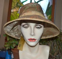 "Hattitude Wendy Carrington Gold Velvet and Tapestry Art Deco Hat 22 3/4""  NWt #Hattitude #MediumBrim"
