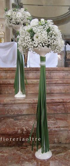 Fioreria Oltre/ Wedding ceremony/ Church wedding flowers/ Baby's breath…