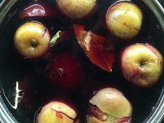 Przepisy na wigilię: barszcz grzaniec Plum, Favorite Recipes, Apple, Fruit, Food, Essen, Yemek, Apples, Meals