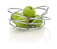 A hand crafted fruit bowl made from a single piece of free flowing steel wire. It will add a piece of sculpture to any table and is ideal for holding fruit. wash with warm soapy water, individually boxed.