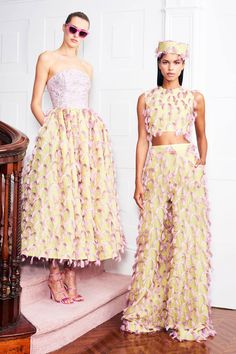 Christian Siriano Resort 2019 New York Collection - Vogue