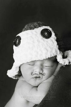 newborn photo. Lol funny!