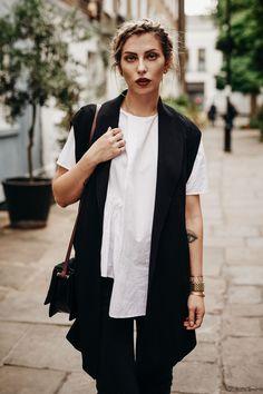 Bekleidung, Schwarz, Schwarzweiss-stil, Schwarz Weiß Mode, Schwarze Jeans,  Outfit 335f231367