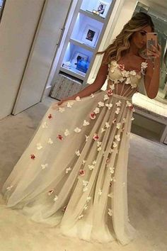 Unique Tulle Prom Gowns,Long Prom Dresses With Appliques,Long Formal Dress,Sexy Sleeveless Prom Dress,A-line Straps Prom