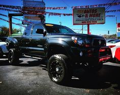 Toyota Tacoma SR5 V6 4x4 TRD Off Road Leather Loaded #forsale #rockstar #toyota #epic #lifted #offroad #amazing #autosandmoreinc