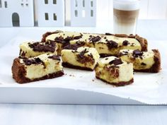 Chocolate Chip Cookie Dough Cheesecake-Squares Rezept