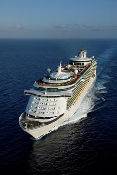 Freedom of the Seas:  No electrical fires, no slushy potties, calm seas and sunshine please!