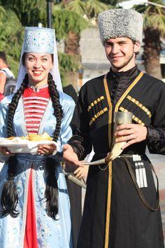 circassian people kabardino-traditional-costume-balkaria-karachay-cherkessia-north-caucasus circassian men women