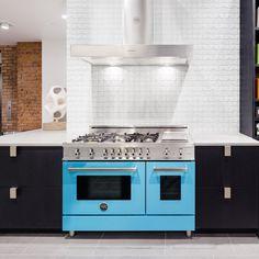 Pirch-New-York-Showroom-A working Bertazzoni stove on display