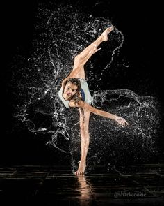 Dance Picture Poses, Dance Photo Shoot, Poses Photo, Dance Poses, Dance Pictures, Yoga Dance, Contemporary Dance, Modern Dance, Dance Photography Poses