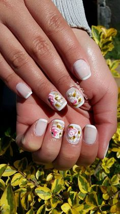 Unhas Francesinhas para inspirar, veja mais de 35 modelos no site Manicure And Pedicure, Spring Nails, Nail Art, Makeup, 35, Beauty, Solid Colors, Nail Art Designs, Art Nails