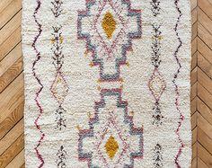 Tapis vintage en laine marocain, «Le Sloan,» Beni Ourain tapis, tapis berbère, tapis douillet, tapis de laine, petit tapis, déco Bohème, Boho tapis, tapis de chambre d'enfant