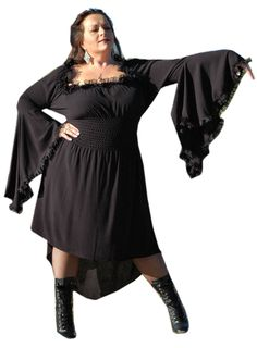 Gothic Black Vampiress Morticia Dress Steampunk Renaissance Costume - Size 3X-Large