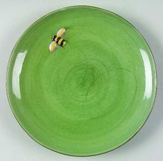 ≗ The Bee's Reverie ≗ green pottery barn bee plate