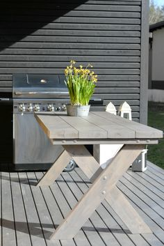 Outdoor Dining, Outdoor Tables, Dining Table, Outdoor Decor, Trestle Tables, Diy Outdoor Furniture, Wood Furniture, Backyard, Patio