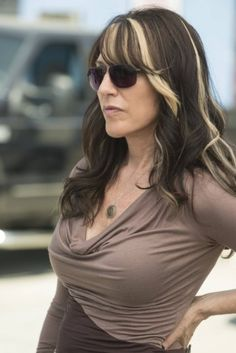 Katey Sagal.. love her hair