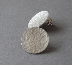 Excited to share the latest addition to my shop: Sterling silver textured disc studs - Sterling silver textured disc post earrings - Silver studs - Silver jewelry - Handcrafted jewellery Unique Silver Rings, Sterling Silver Rings, Silver Bracelets, Silver Jewelry, Silver Stud Earrings, Jewelry Bracelets, Cartier Jewelry, Simple Earrings, Silver Pendants