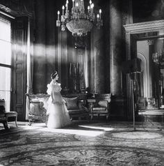 The Queen Mother as Queen, 1939, Victoria and Albert Museum - Cecil Beaton