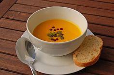 Kürbissuppe mit Ingwer und Kokosmilch, ein raffiniertes Rezept aus der Kategorie Gemüse. Bewertungen: 1.854. Durchschnitt: Ø 4,7.