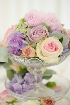 Pastel roses and hydrangeas