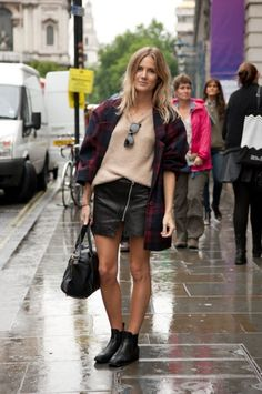 Street Style: London Fashion Week Spring 2014 #LFW SS14 (Photograph from FirstView.com)