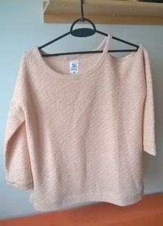 Kup mój przedmiot na #vintedpl http://www.vinted.pl/damska-odziez/bluzki-z-dlugimi-rekawami/16387722-bladorozowa-bluzeczka-sweterek-sinsay-ze-srebrna-niteczka-38-40-42-sexxxy-odsloniete-ramie