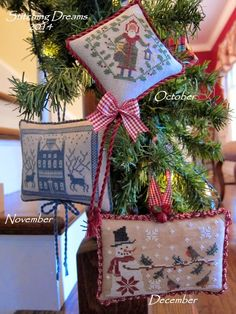 Stitching Dreams: 2014 Parade of Ornaments! - Lots of FREE patterns on the site