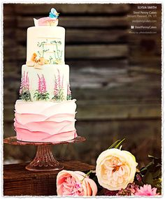 Cake Central Magazine Clipped from @cakecentral #clippings  Love this cake...want to learn how to ain't on cakes!